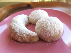 This authentic recipe for Rena Carasso's Kourabiedes, aka Greek Butter Cookies, appears in the Holocaust Survivor Cookbook. Greek Sweets, Greek Desserts, Just Desserts, Delicious Desserts, Yummy Food, Jewish Recipes, Greek Recipes, Greek Cookies, Cake Cookies