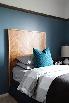 41 DIY Herringbone Pattern Headboard