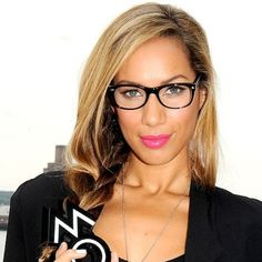 DO A BRIGHT LIP – IT IS LOOK AMAZING - MakeUp For Glasses Wearers