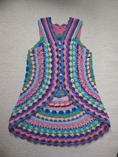 Flower Power Vest Free Pattern - All Free Crochet Pattern + Video Tutorial