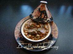 Ein weiteres typisches tunesisches Gericht ist Camounia . Wie auch bei vielen anderen Gerichten, gibt es hier die verschiedensten Varianten der Zubereitung. In diesem Rezept koche ich es mit Rindfleisch und weißen Bohnen. Zutaten: 150 g getrocknete weiße...