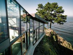 Tan bonito que quita el aliento: Las impresionantes vistas desde este moderno edificio lo convierten en una tranquila y relajante morada