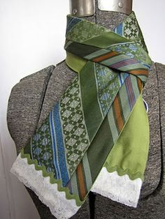 Necktie scarf with a truly vintage look!