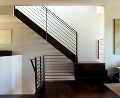 """""""steel Railing"""" Design Ideas, Pictures, Remodel and Decor Modern Staircase Railing, Metal Handrails, Modern Stair Railing, Metal Stairs, Modern Stairs, Staircase Design, Staircases, Banisters, Black Railing"""