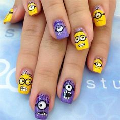 Minions-Nails-2013-2014-Despicable-Me-2-Nail-Art-Designs-2.jpg 400×400 pixels