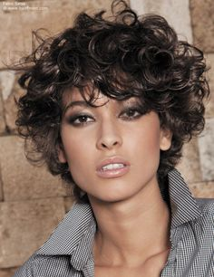 short hair and curls with suppleness