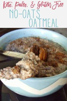 This No-Oats Paleo And Keto Oatmeal is super easy to make and tastes so much like traditional oatmeal it will knock your socks off! Paleo Oats, Paleo Oatmeal, Paleo Bread, Best Keto Breakfast, Breakfast Recipes, Free Breakfast, Breakfast Ideas, High Protein Low Carb, Low Carb Keto