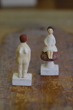 Porcelain dolls by Yuki NISHIO, Japan