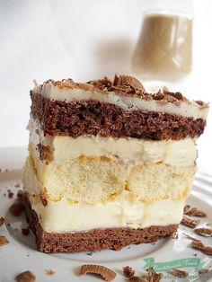 Prăjitură cremes cu pișcoturi și rom