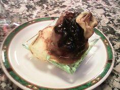 Tapa de Butifarra de Graus con Alitas y Cebolla Caramelizada