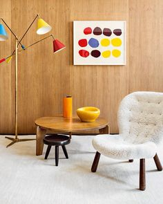 This Mid-Centuty Focused Bachelor Pad In Berlin Is All Kinds Of Cool - Airows Mid-century Interior, Interior Architecture, Interior Design, Scandinavian Furniture, Modern Furniture, Berlin Apartment, Timber Panelling, Wood Paneling, Design Moderne