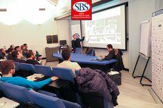Il dott. Ben Veembrink durante la sua testimonianza sull'impiantistica sportiva al #mastersbs. #masterinsport #laghirada