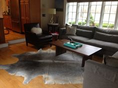 Florisa from Connecticut purchased this beautiful grey cowhide rug from cowhidesusa.com