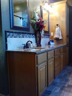 Quartz Countertop And Tile Splash