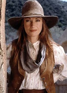 Dr. Quinn Medicine Woman was one of my favorite shows. Jane Seymour, Cow Girl, Western Outfits, Western Wear, Anniversaire Cow-boy, Estilo Cowgirl, Dr Quinn, Tv Doctors, Colorado Springs
