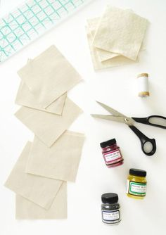Diy Crafts Ideas : Dyes and Organic Twill Fabric To Create Coasters