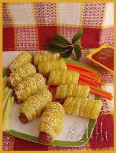 CARNACIORI IN FOIETAJ - Edith's Kitchen Romanian Food, Romanian Recipes, Edith's Kitchen, Foodies, Waffles, Food And Drink, Appetizers, Vegetables, Breakfast