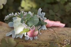 #butonierka #butonierki #buttonhole #buttonholes #panmlody #paramloda #groom #dekoracje #dekoracjeslubne #weddingdecorations #decorations #decor #weddingday #slub #artemi #artemipracowniaflorystyczna