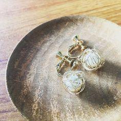 そういえばこんなイヤリングを買ったのでした300円の安物ですがとても可愛いです#sgraphoto #fashon