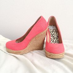 CORAL WEDGES Size 7.5 cute summer wedges is great condition only worn a few times. Perfect with any outfit! Has a tiny discoloration as shown on the last picture on heel. Barely noticeable. Accepting offer! All must go! Shoes Wedges
