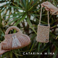 Com agulha e linha, a Catarina Mina tece sua história e peças. Do Ceará para o mundo. Catarina Mina, Straw Bag, Bags, Line, Good Ideas, World, Artists, Handbags, Bag
