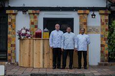 Diseñamos los mejores eventos sociales y corporativos. Contamos con el mejor servicio de alimentos para prestarlos en el Museo Del Chicó. Nuestra empresa de Catering es una de las más grandes de Bogotá. Catering Companies, Corporate Events, Museums, Get Well Soon, Food Items