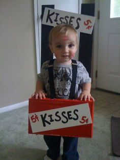 kissing booth costume so cute it's not a DIY just a humor website