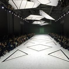 Rainbow catwalk fashion stage catwalk design for Catwalk flooring