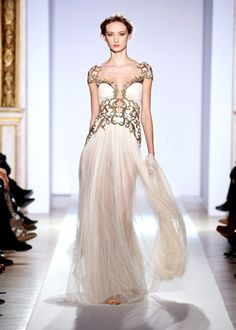 ZUHAIR MURAD fall winter collection- - I love the details on this-I think I found a new favorite designer- absolutely beautiful
