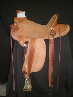 Border Tooling - Frecker's Saddlery Gallery