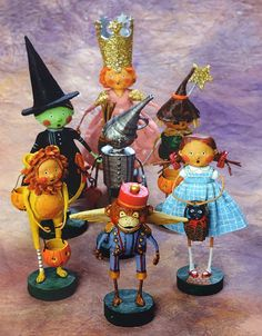 Lori Mitchell's Halloween Wizard of Oz trick or treaters collection!