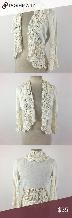 Nine West cropped crochet sweater Length Shoulder To Hem: 25 Bust: 37 Waist: 33 Fabric Content: 58% ramie, 42% cotton  Item: 2469 Nine West Sweaters