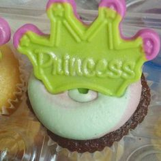 Princess and the frog theme cupcakes. Swirl cupcakes