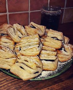 Camembert Cheese, Bread, Chicken, Food, Places, Hungarian Recipes, Bulgur, Brot, Essen