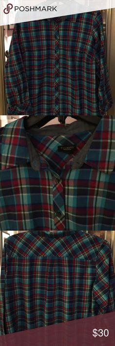 🎉🎉🆕Shirt🆕🎉🎉 😍😍cool plaid shirt .😍😍Long sleeves and button down front and button cuffs. Curved hem.  Fabric is 100% cotton. No stretch. Great piece that will work well with jeans 🎀🎀. 🌷thank you for browsing my closet 🌷 Talbots Tops Button Down Shirts
