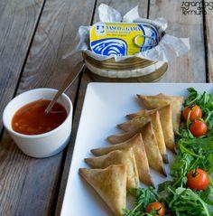 Chamuças de Atum | 7gramas de ternura Crepes, Tacos, Mexican, Ethnic Recipes, Tuna, Savory Snacks, Pasta, Cookies, Recipes