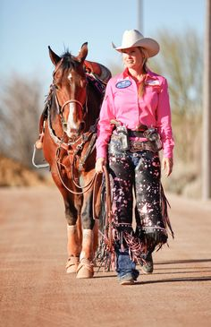 Kenda Lenseigne Cowboy Mounted Shooting