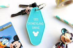 1313 Disneyland Drive Schlüsselanhänger Micky Maus von Towne9