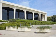 Facade of the 'The Amon Carter Museum of American Art' in Fort Worth. Established in 1961 in the Renaissance style, architect Philip Johnson.