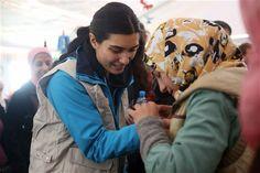 Tuba Büyüküstün Suriyeli çocuklarla buluştuBM Çocuklara Yardım Fonu (UNICEF) Türkiye İyi Niyet Elçisi oyuncu Tuba Büyüküstün, Suriye'deki çatışmalar yüzünden yaşamları yıkıma uğrayan Suriyeli çocuklar ve aileleriyle buluştu.