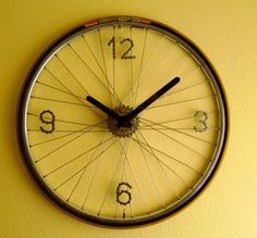 trendy bike wheel art diy old bicycle Bicycle Clock, Old Bicycle, Bicycle Wheel, Bicycle Art, Old Bikes, Bicycle Decor, Bicycle Crafts, Bicycle Rims, Bike Decorations