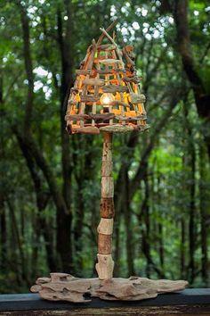 流木の照明-7