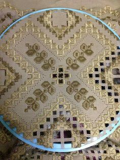 Hardanger Embroidery, Cross Stitch Embroidery, Embroidery Patterns, Ancient Persia, Brazilian Embroidery, Bargello, Cutwork, Woven Fabric, Needlework