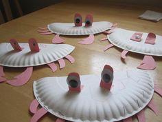 ocean projects for preschool kids Ocean Activities, Craft Activities For Kids, Preschool Crafts, Crafts For Kids, Craft Ideas, Paper Plate Crab, Paper Plates, Classroom Crafts, Classroom Fun