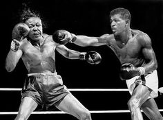In 1951 Sugar Ray Robinson was the middle weight boxing champion. He was considered pound-for-pound which made him the greatest boxer at the time. Sugar Ray Robinson, Boxing Images, Boxing Posters, Boxing History, Boxing Champions, Sport Icon, Sports Figures, Muhammad Ali, African Americans