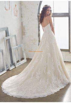 A-linie Romantische Traumhafte Brautkleider aus Spitze mit Schleppe