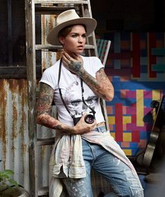 Outfit - Ruby Rose meets Denim & Supply