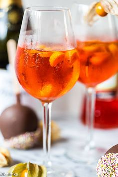 Aperol Spritz is Italian number one choice for their happy hour and for a very good reason. It's delicious!