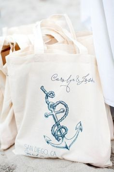 nautical welcome bags from http://shop.weddingchicks.com/nautical-wedding-tote/  Photography by shannonleeimages.com