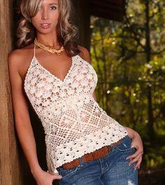 Linda blusa frente única de crochê com gráfico - Toda Moderna ~ Gorgeous! and built for a big bust! <3